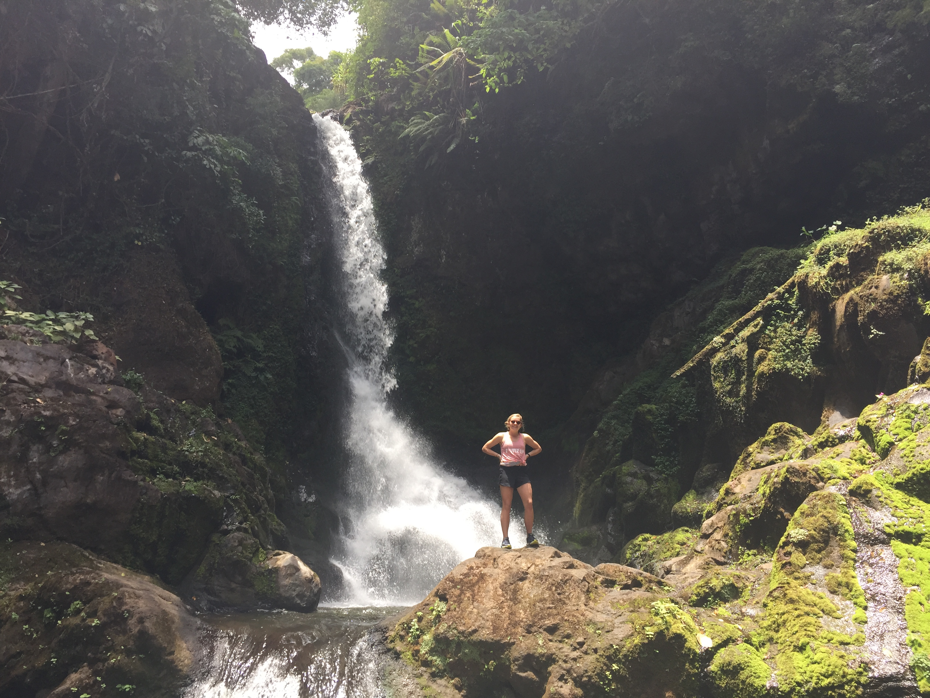 hike at marudu waterfall